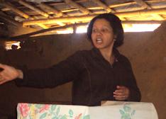 Rosaria-preaching-Mozambique